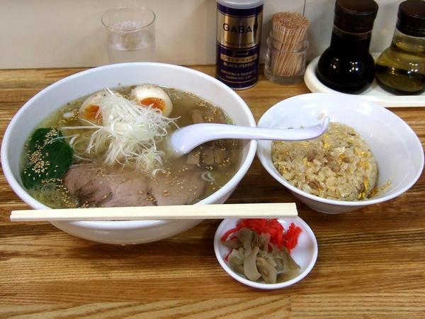 塩ラーメンセット(平打ち麺) 980円