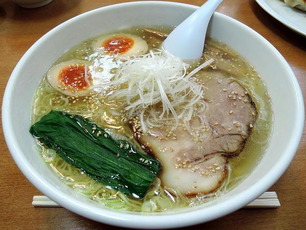 塩ラーメン(細麺) 750円