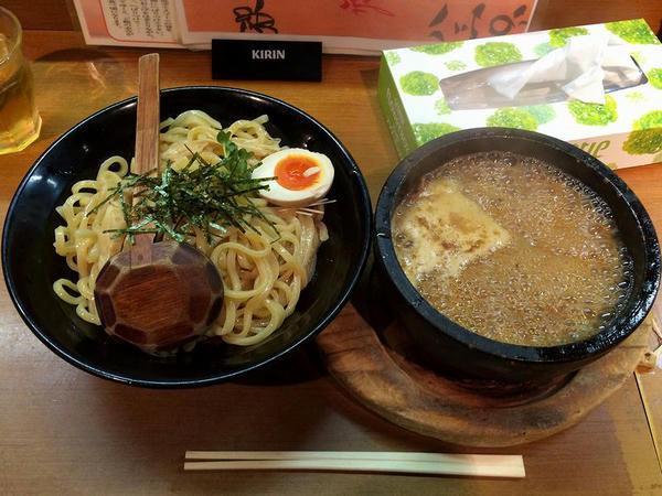 濃厚つけ麺(並盛) 830円