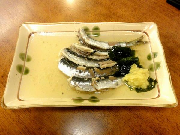 小魚塩ゆで酢物 330円