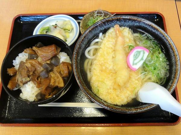 ミニ牛すじ丼セット(天ぷらうどん) 680円
