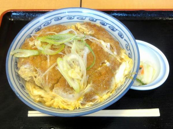 カツ丼 650円