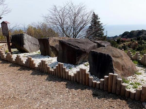 江戸城修築用の石材