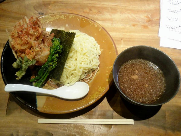 春香るえびだしつけ麺(並盛) 892円