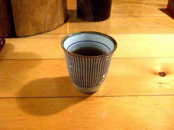ほうじ茶(サービス)