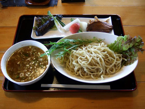 花の季つけ麺夏バージョン(の旧バージョン) 800円