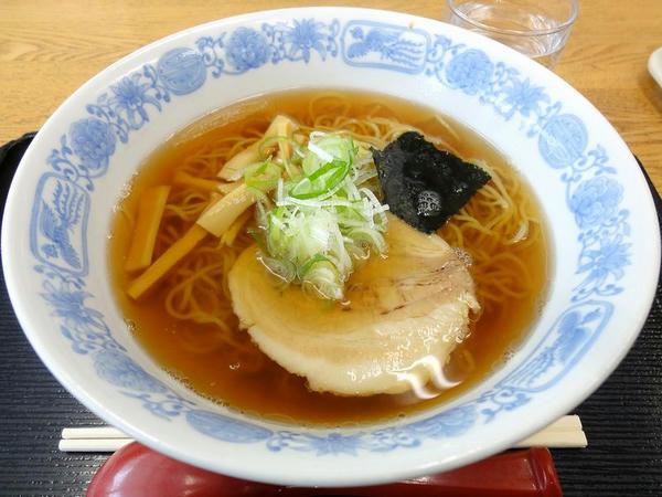 新潟ラーメン 450円