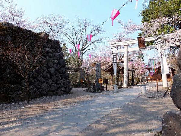 懐古神社入口付近