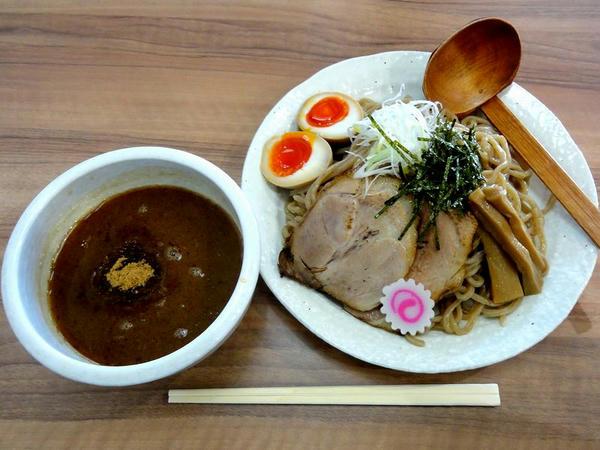 特製つけ麺(全粒粉麺) 850円