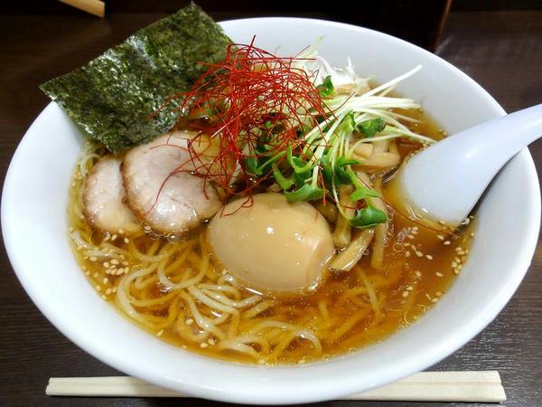 冷やしラーメン(醤油味) 750円 + 玉子 100円