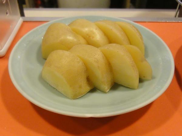 ジャガイモ(今金産) 210円