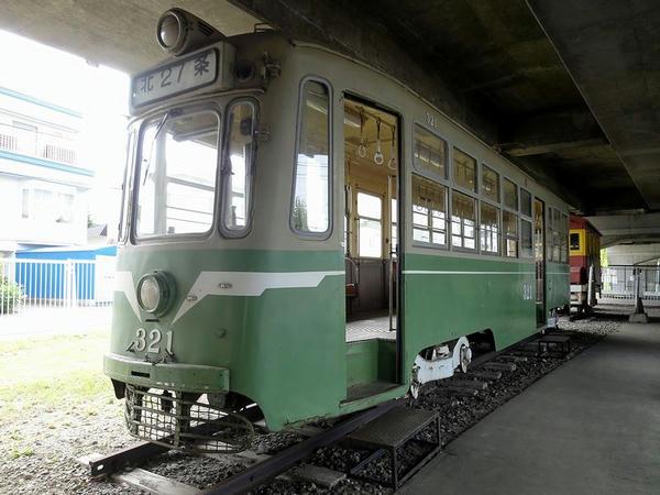 鋼製2軸ボギー電動客車 320形(321)
