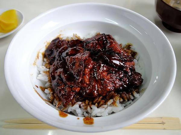 豚丼(ご飯少なめ) 700円