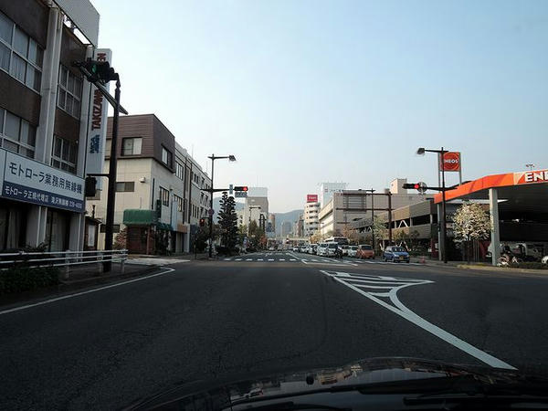 夕方の長野市内を