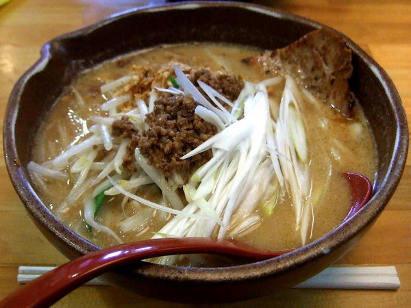 麺吉信州 730円