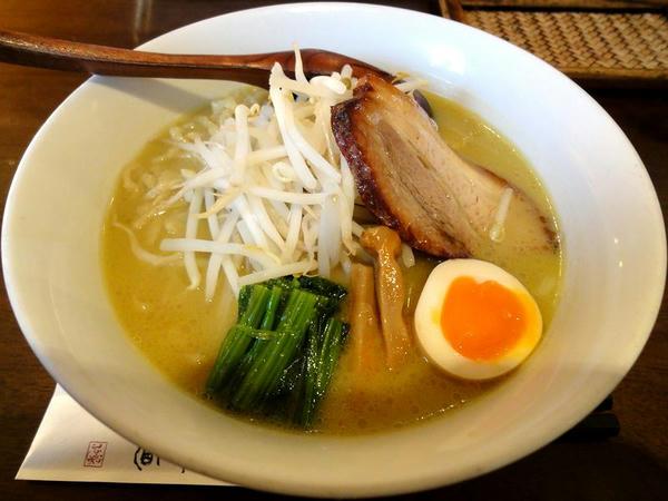 濃厚白味噌拉麺 790円