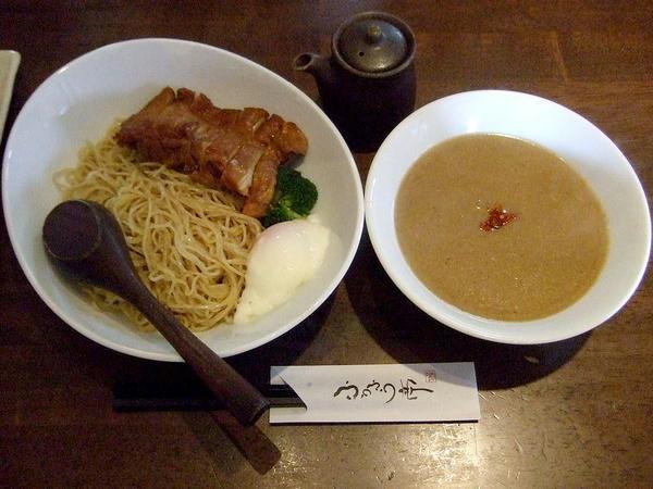 濃厚胡麻味噌つけ麺 840円