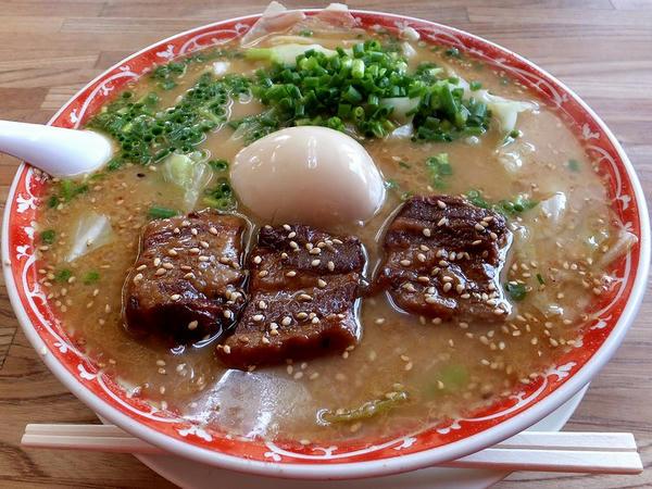 角煮ラーメン 880円