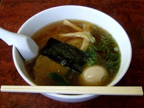 しょうゆらーめん(細麺) 500円