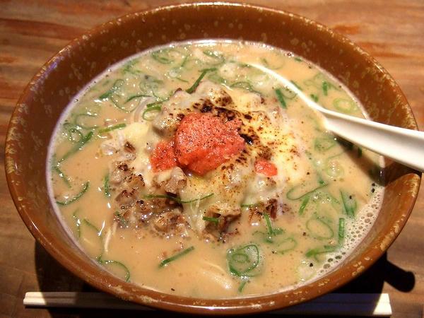 豚骨グラタンラーメン(カタ麺) 892円