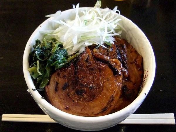 炙りチャーシュー丼 400円