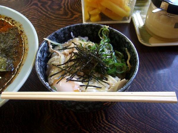 玉丼(ラーメン注文の方に限る) 280円
