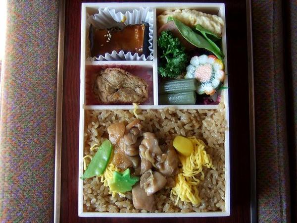 特上鶏めし弁当 1,100円