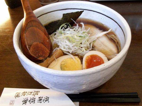 セットラーメン(新味正油) 525円