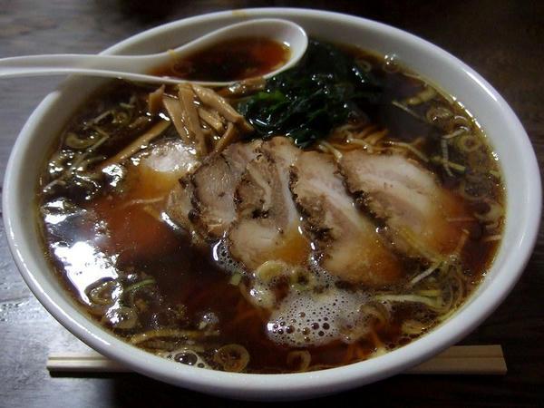 チャーシュー麺(大盛) 750円