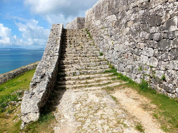 二の郭から一の郭への階段