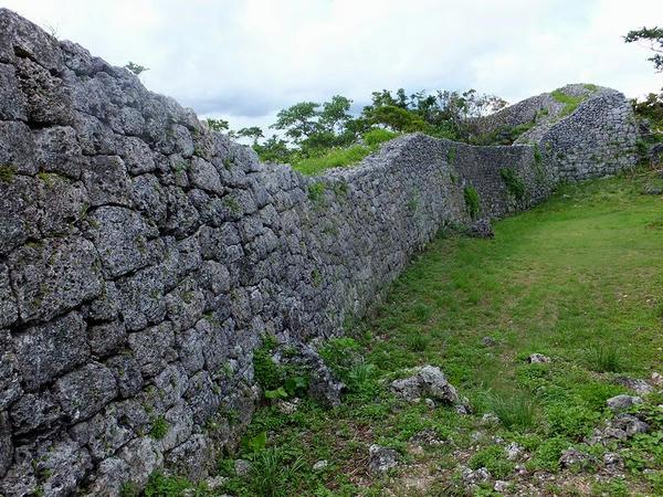 城壁の石積(2)