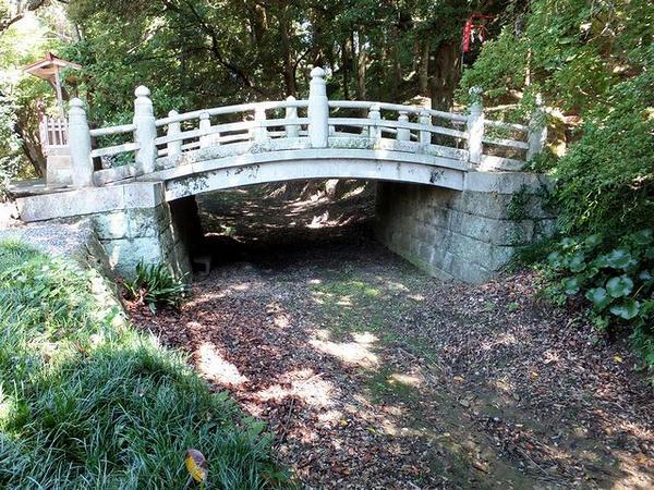 四つ目堀に掛かる神橋