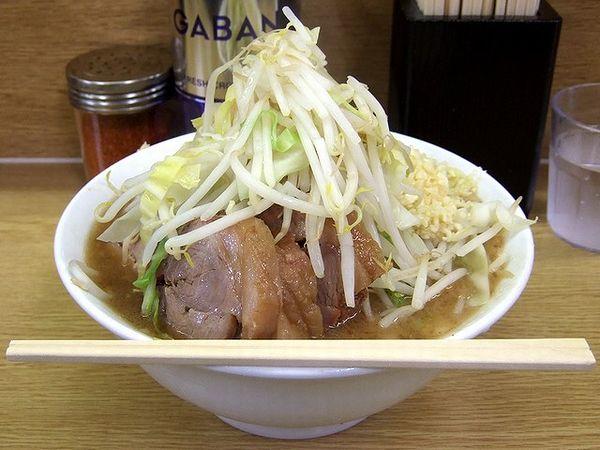 小ラーメン豚入り(ニンニク) 700円
