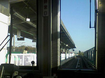 羽貫駅進入