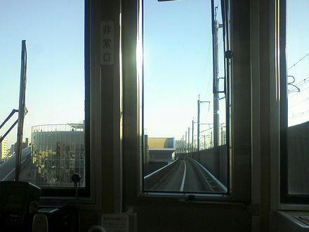 鉄道博物館駅の手前