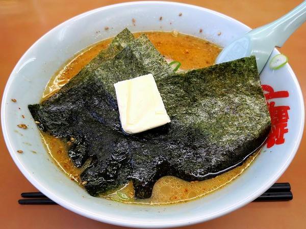 特製味噌ラーメン 720円 + バター 60円