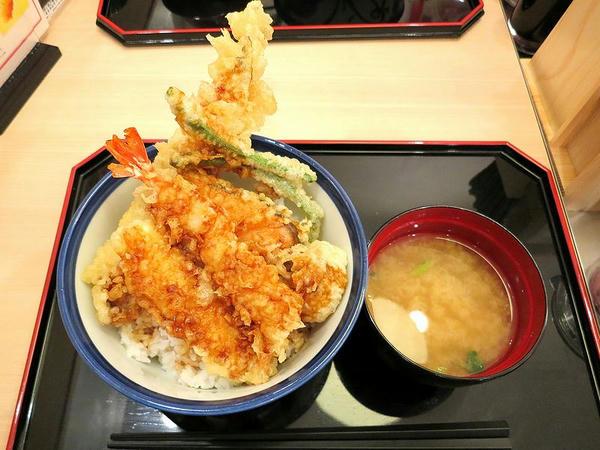 羽田海鮮天丼 980円