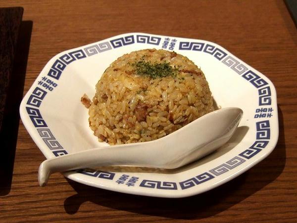ラーメン(塩・細麺) + 半チャーハン 1,000円 半チャーハン
