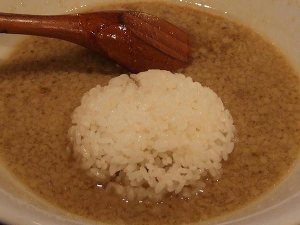 半ライス 20円 (は、ラーメン食べた後のスープに投入!)