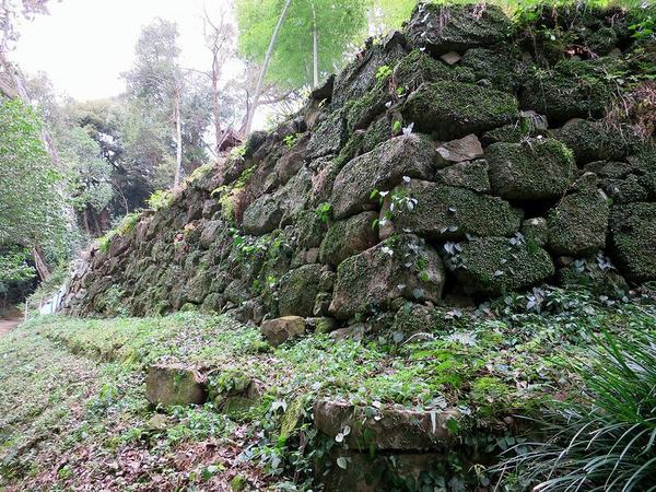 式部丸の石垣
