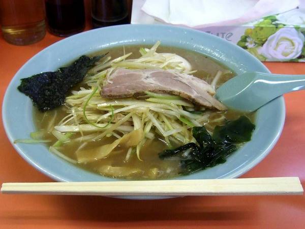 ネギラーメン 700円 + 煮玉子 100円