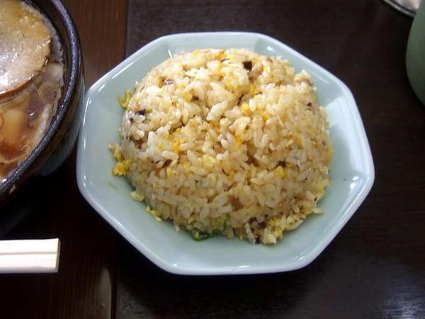 ゼンジースペシャルセット(ゼンジースペシャル(太麺)+半チャーハン) 1130円 の半チャーハン