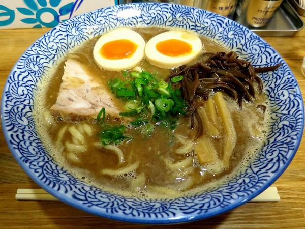 魚介醤油 700円 + 味玉 100円