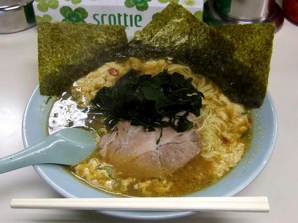 ピリ辛酢ラーメン 690円