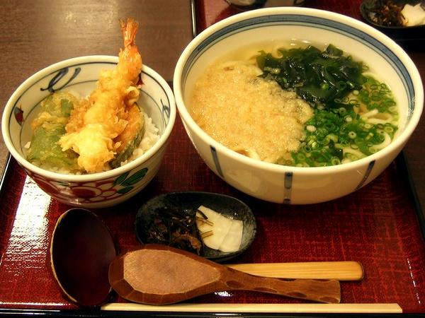 ハーフ天丼セット 800円
