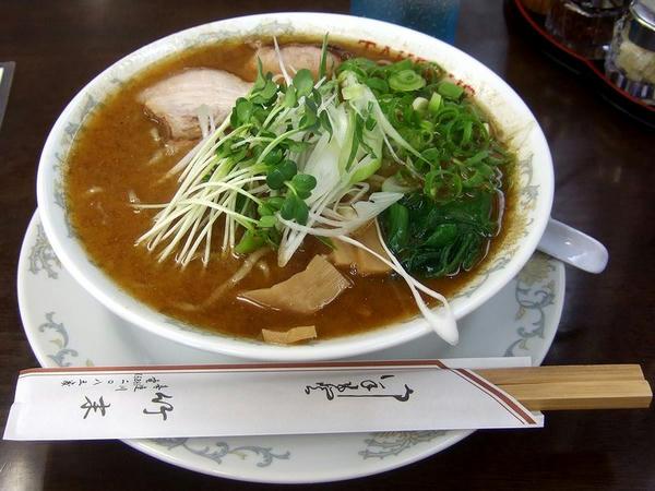 二代目UWO(ウオ)中華そば(太麺) 780円