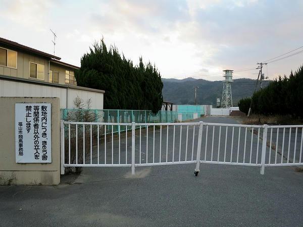 厩舎区画入口付近