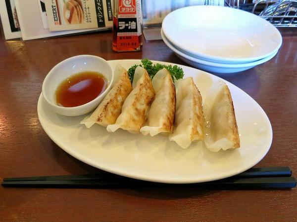 きりたんぽ鍋風餃子(焼き餃子) 480円