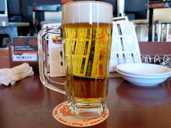 スーパードライ生ビール(中ジョッキ) 630円