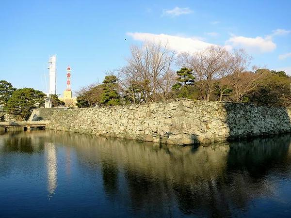 徳島城の堀と石垣